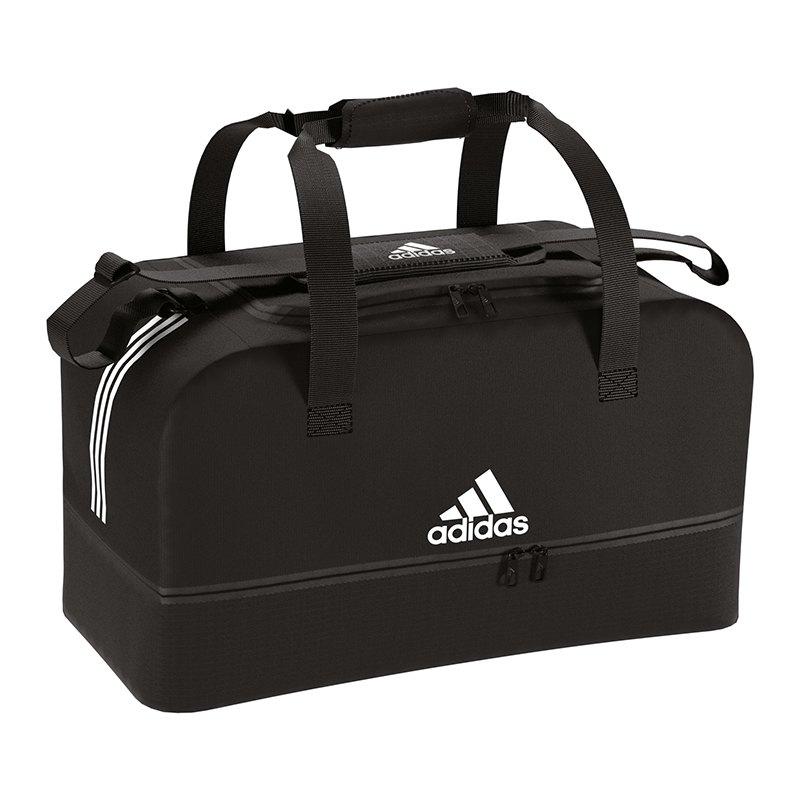adidas tiro duffel bag tasche gr l schwarz weiss stauraum transportm glichkeit zubeh r. Black Bedroom Furniture Sets. Home Design Ideas