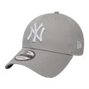 new-era-ny-yankees-9forty-cap-grau-kappe-muetze-fancap-basecap-lifestyle-10531940.jpg