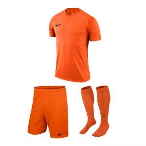 nike-trikotset-tiempo-premier-orange-f815-trikot-short-stutzen-teamsport-ausstattung-894230.jpg
