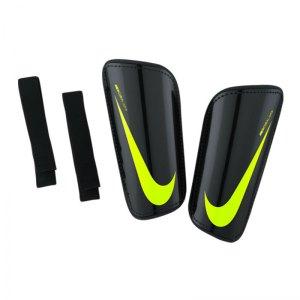 nike-hard-shell-slip-in-schienbeinschoner-f011-schoner-schuetzer-schutz-match-training-equipment-zubehoer-sp2101.jpg