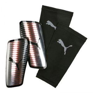 puma-chrome-guard-schienbeinschoner-silber-f01-schuetzer-schoner-schienbeinschuetzer-equipment-fussballequipment-030683.jpg