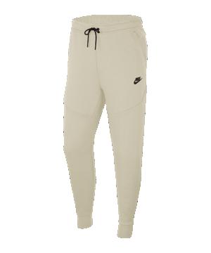 nike-tech-fleece-jogginhose-braun-f072-cu4495-lifestyle_front.png