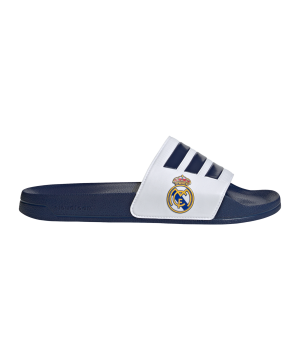 adidas-real-madrid-adilette-badelatsche-blau-weiss-fw7073-lifestyle_right_out.png