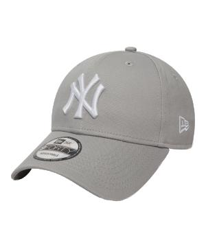 new-era-ny-yankees-9forty-cap-grau-kappe-muetze-fancap-basecap-lifestyle-10531940.png