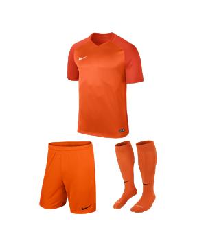 nike-trophy-iii-trikotset-orange-f815-equipment-teamsport-fussball-kit-ausruestung-vereinskleidung-881484-trikotset.png