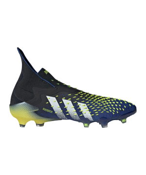 adidas-predator-freak-fg-schwarz-weiss-fy0749-fussballschuh_right_out.png