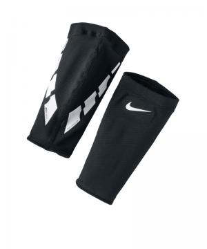 nike-guard-lock-elite-sleeves-schienbeinschonerhalter-equipment-zubehoer-training-spiel-schwarz-f011-se0173.png