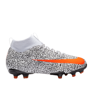 nike-mercurial-superflyx-vii-academy-cr7-fg-k-f180-cv3182-fussballschuh_right_out.png